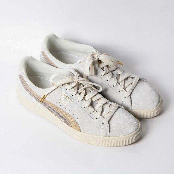 Puma Shoes   Clyde Suede Goldcream